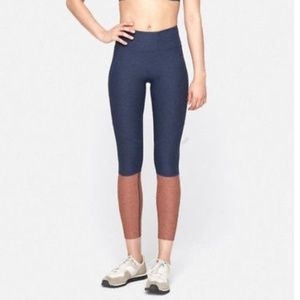 Outdoor Voices 3/4 Dipped Warmup Legging
